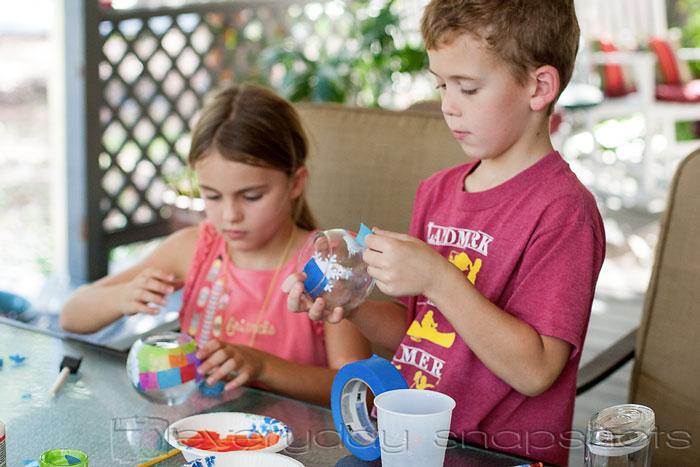 DIY Christmas Gifts Kids can Make Pasting