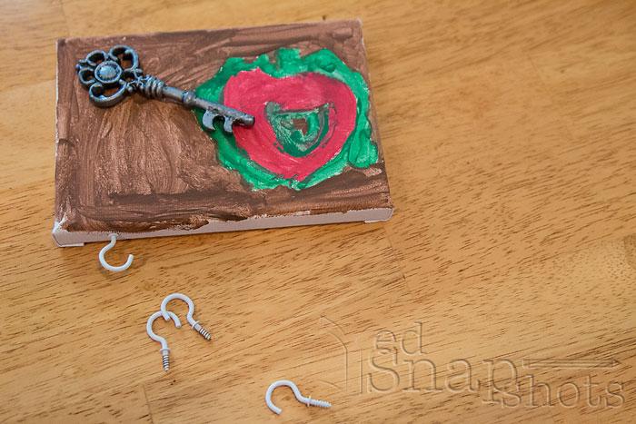 DIY Christmas Gifts Kids Can Make Key Hangers Hooks
