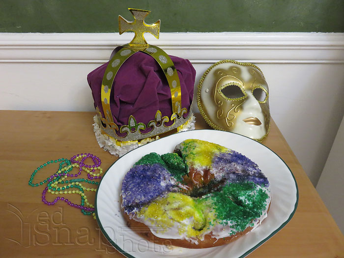 US Geography Louisiana King Cake