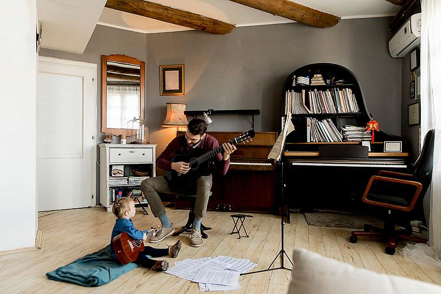 YMB #70 The Magic of Folk Music: A Conversation with Professor Carol